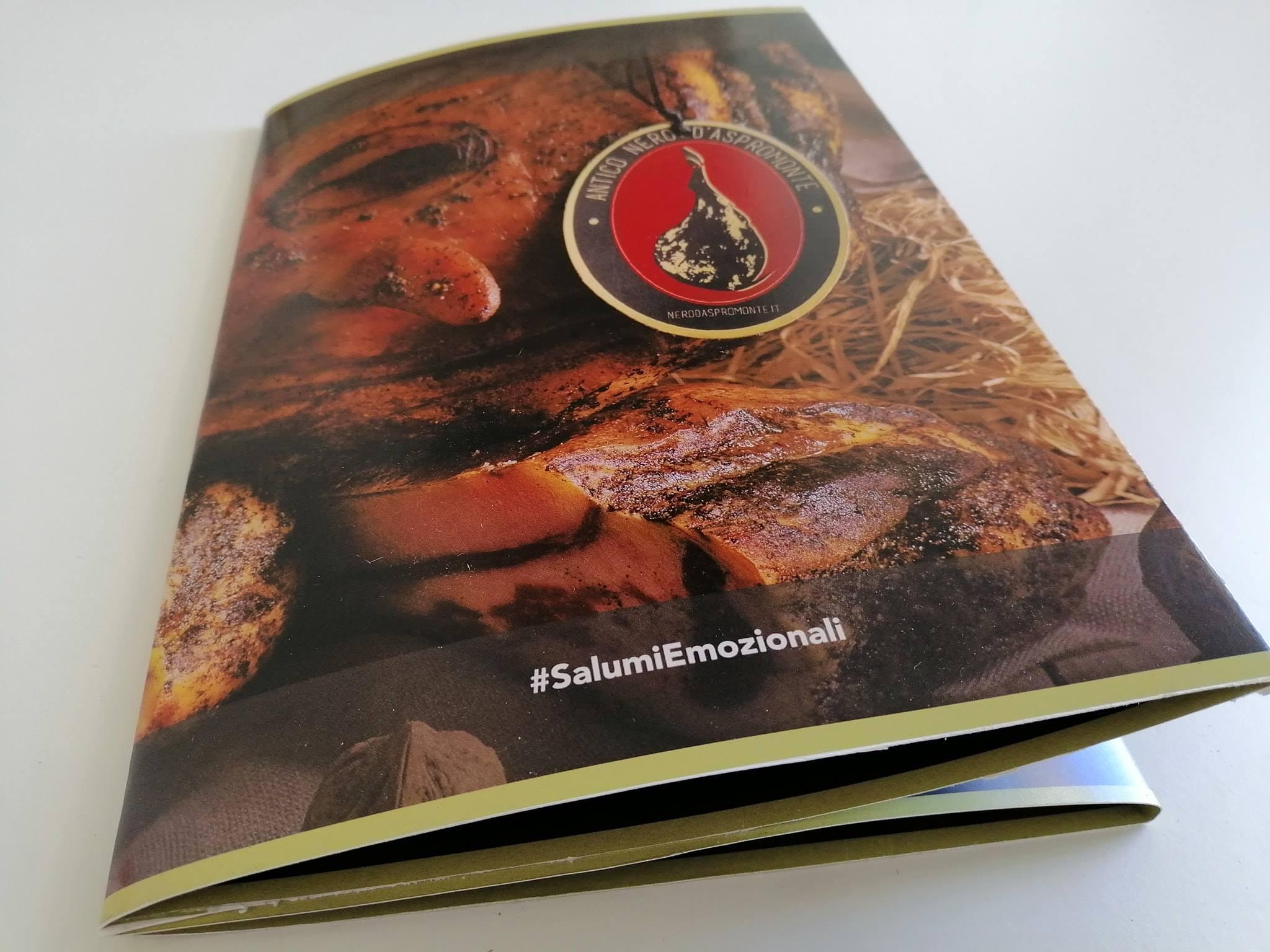 Brochure antico nero d